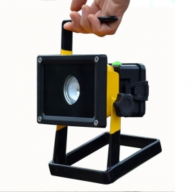 F02 1PC 30W Portable Rechargeable LED Flood light Spot Work Light XML L2 3mode power bank function outdoor lamp